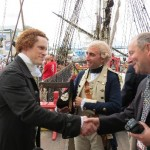 Lafayette accueille Thomas Jefferson à bord de l'Hermione le dimanche 28 Juin à Philadelphie ! Thomas Jefferson (le comédien Steven Edenbo), Lafayette (le comédien Ben Goldman) et le Comte Gilbert de Pusy Lafayette. Reception donnée par les Florida Friends of Hermione Lafayette in America, Inc.